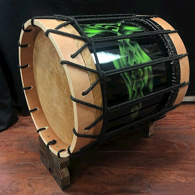 TAHITIAN BASS DRUM PAINTED IN BLACK AND GREEN