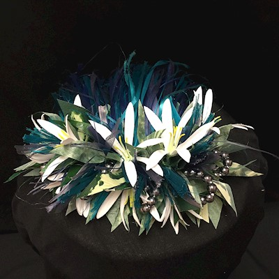 NANI HOKU - HAIRPIECE W/ SIMULATED BLACK PEARLS